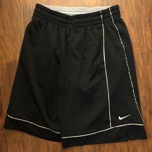 Nike men's basketball shorts black